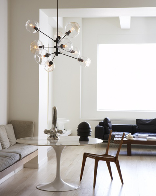 The Saarinen Tulip Table | urbancurator