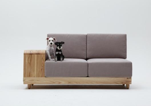 DogHouseSofa3